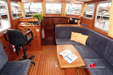 vaarbewijs leeuwarden yachtcharter leeuwarden in friesland