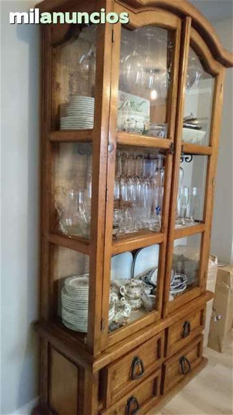 vitrina de madera  puertas de cristal de pino macizo