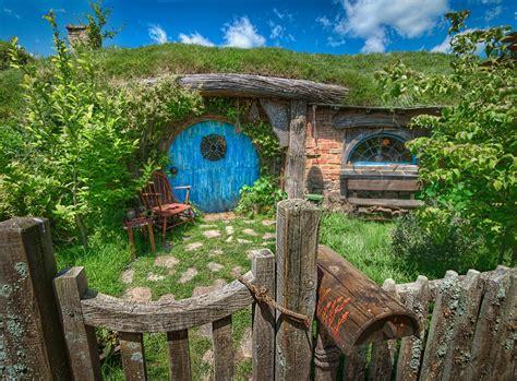 hobbit hole hobbit hole