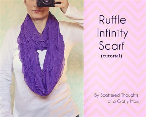ruffled infinity scarf 16 simple gifts to sew and make tip junkie