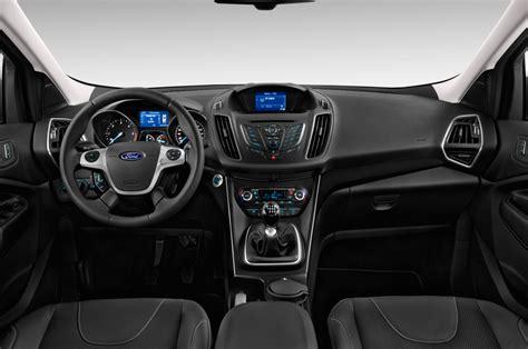 kuga interni ford kuga suv compatta nuovi interni e ottimi motori e