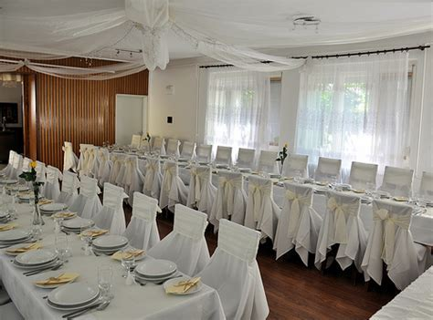 Need 50th Wedding Anniversary Reception Ideas?