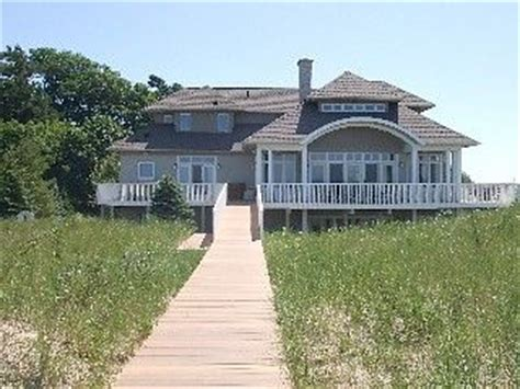 michigan lake house rentals 30 best images about rentals lake michigan on pinterest cottages lakes and log