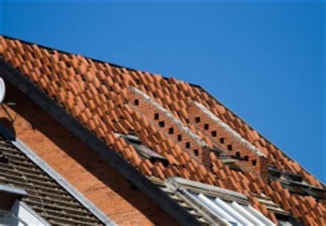 Dachsanierung Kosten Pro Qm 4164 by Kosten F 252 R Die Dachrenovierung 187 220 Bersicht Beispielrechnung