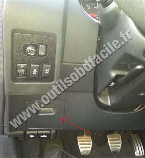 2014 nissan versa sedan fuse box location autos post