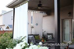 This cute patio decor makes adding outdoor privacy easy and shade