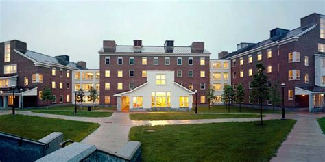 college appartment mclaughlin cluster student housing dartmouth college