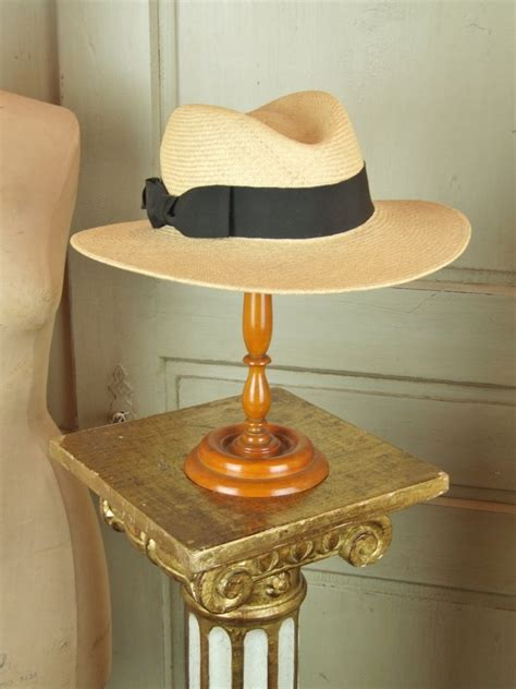 S016 A s016 s superb antique turned wood hat stand