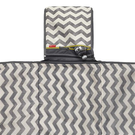 Cooler Bag Skiphop skip hop outdoor blanket cooler bag chevron 1304 scandinavianbaby pl