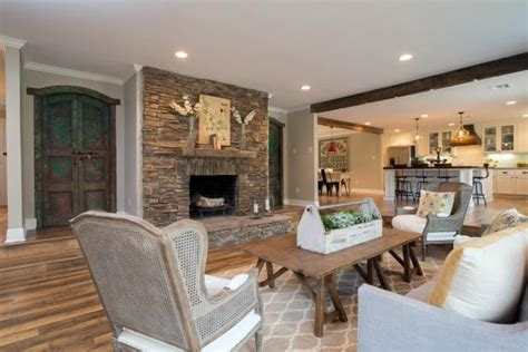 mackenzie pages fixer upper on hgtv and how to get the look photo page hgtv