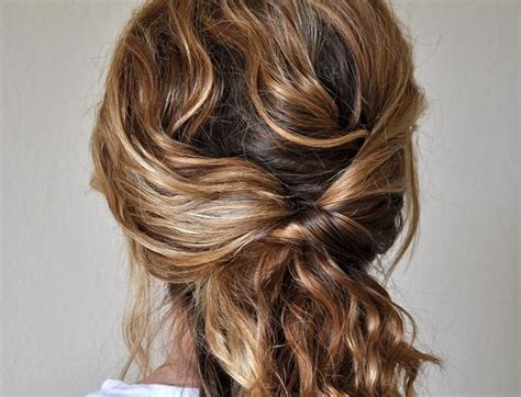 easy to fix haircuts 20 easy to make hairstyle tutorials updo close up and