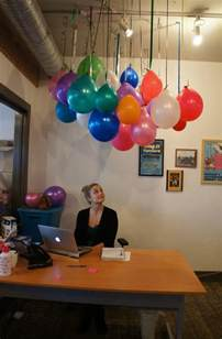 Office Birthday Ideas by 25 Best Ideas About Office Birthday On Office