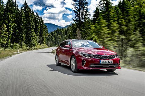 Kia Car Dealers Uk Forecourt Kia Optima Sportswagon Car Dealer Magazine