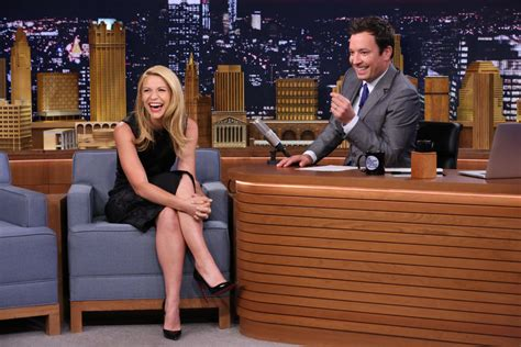 claire danes tonight show jimmy fallon mo ne davis play wiffle ball on quot tonight show quot