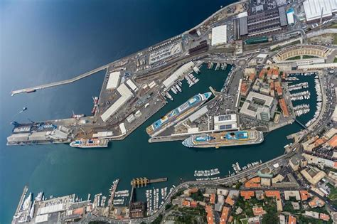 savona porto il porto di savona vado resiste nel 2013 flessione dello