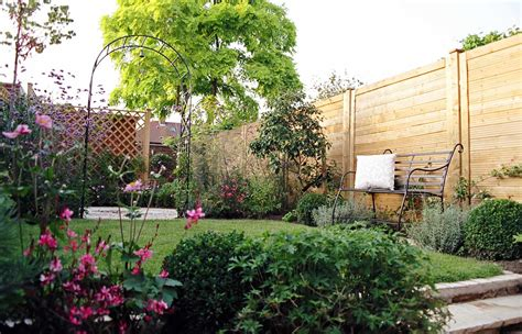 Urban Garden Design For A Long Garden Garden Design