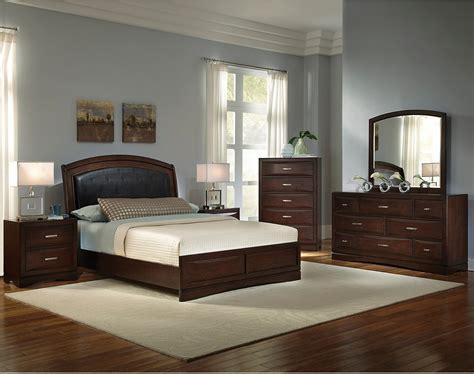beverly  piece queen bedroom set  brick