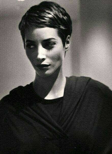 pics of christy turlington when she had short hair 17 best images about fun hair on pinterest short blonde