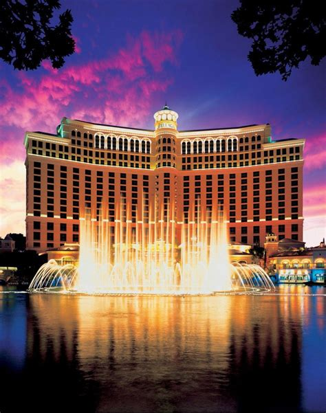 las vegas hotel the best las vegas hotels for your honeymoon weddingbells