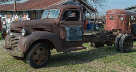 1939 dodge truck parts vintage 1939 dodge truck or later for restore or parts for