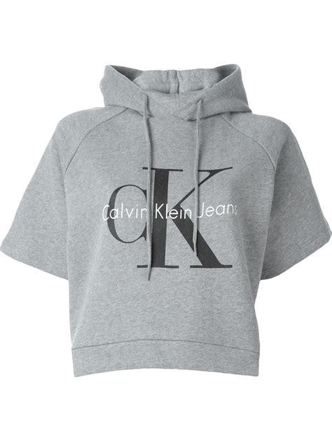 Hoodie Sweater Grey Front Logo calvin klein logo print cropped hoodie in gray grey lyst