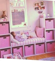 toys for the bedroom 25 best ideas about playroom organization on