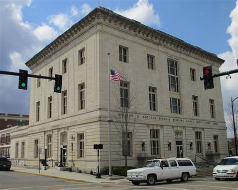 federal courthouse and post office 42101 bowling gree