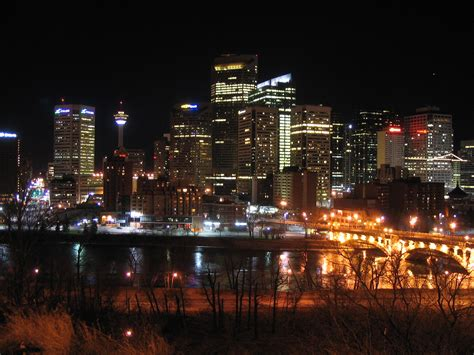 file calgary downtown night jpg wikimedia commons