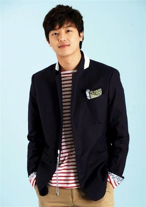 J6019 Khaki Blazer Keren yeon woo jin sebagai so jung woo aktor keren korea in and divorce lawyers