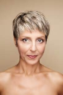 short hair razor cuts for women over 60