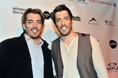 drew and jonathan the scott brothers