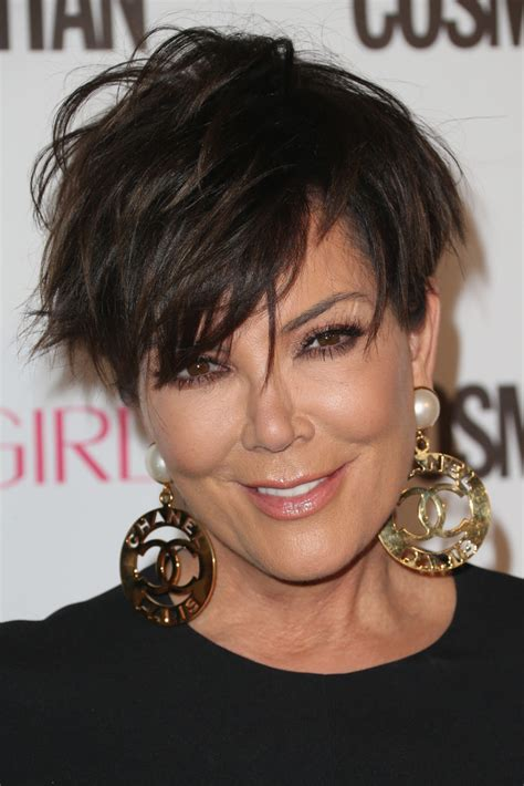 how to cut kris jenners hairdo kris jenner messy cut hair lookbook stylebistro