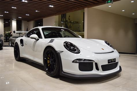 white porsche 2016 saudi dealer lists second 2016 porsche 911 gt3 rs for sale