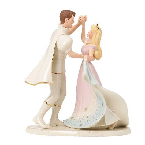 disney wedding cake topper idea in 2017 bella wedding