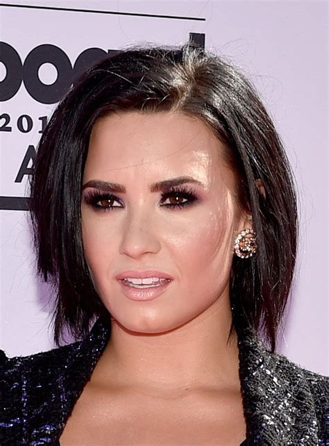 demi bob hairstyles demi lovato b o b short hairstyles lookbook stylebistro