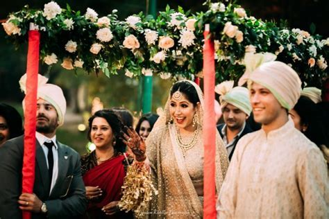 12 Best Indian Bridal Entry Songs For Your Wedding   WedMeGood