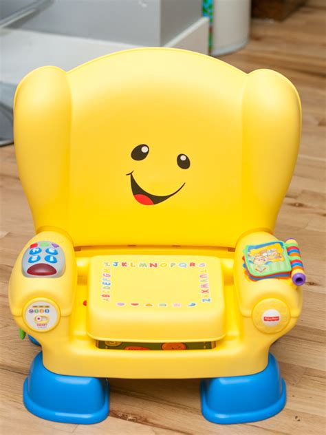 Fisher Price Laugh Learn Chair by Fisher Price Laugh Learn Smart Stages Chair Review Giveaway Can 12 15 Outside The Box