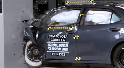 Toyota Corolla Safety Rating 2014 Toyota Corolla Small Overlap Iihs Crash Test