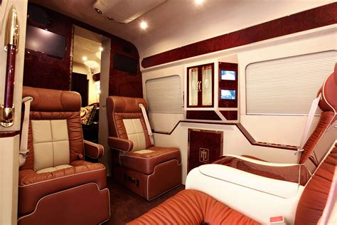 Karpet Mobil Comfort Deluxe Rolls Royce Ghost 2013 Tanpa Bagasi mercedes sprinter l5 b rides with a high tech