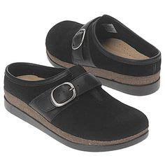 bobs or toms more comfortable skechers new bobs look like a blatant ripoff of toms