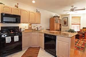 Pickled oak cabinets h e l p hardwood floor countertops paint