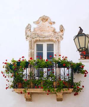 balcone in fiore immagini cancello ed arnone news