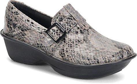 comfortable shoes for nurses uk the 25 best most comfortable shoes ideas on pinterest