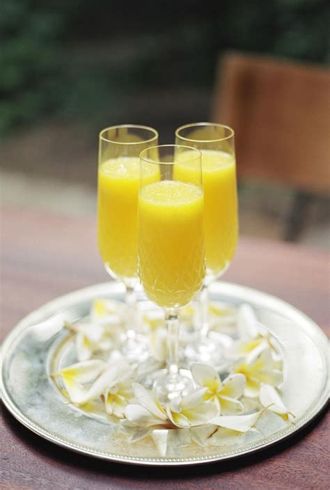 perfect mimosa recipe  serve  brunch