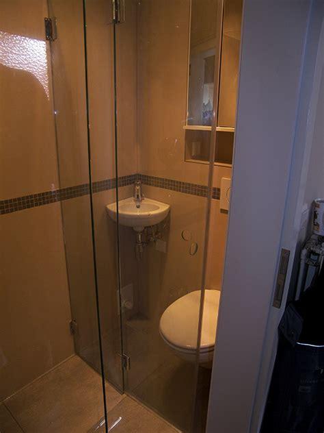 badezimmer 2 qm duschbad auf 1 2 quadratmeter bad 051 b 228 der dunkelmann