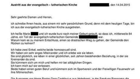 vorlage brief austritt kirche pastor wettert gegen homosexuelle oma k 228 mpft mit kirchenaustritt f 252 r schwule enkel
