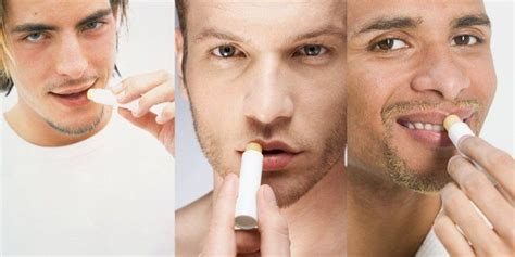 Pelembab Bibir 7 barang yang aneh kalau dibawa oleh cowok biar kamu