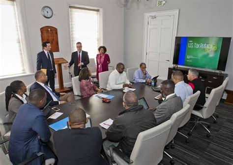 Cabinet Kpmg by Cabinet Kpmg Discuss U S Tax Reform Bernews