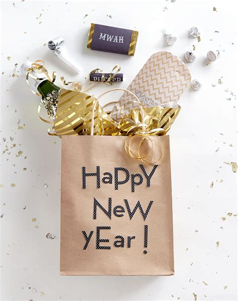 new year appropriate gift 7 new year s favor ideas favour ideas