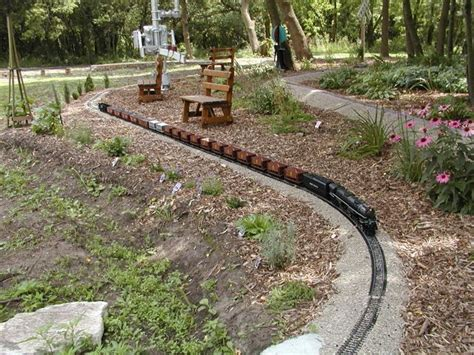 G Scale Garden Railway Layouts 17 Best Images About Model Trains On Pinterest Gardens Models And Model
